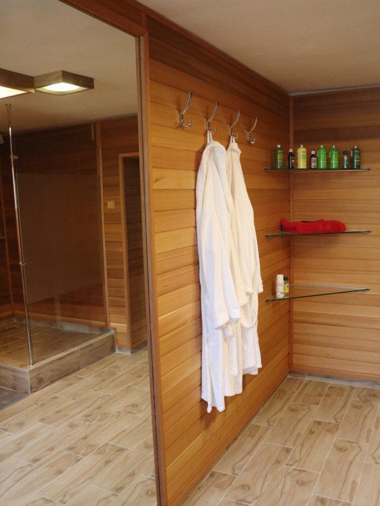 Egyedi wellness - egyedi zuhanykabin